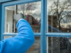 4 способа вымыть окна перед Пасхой без разводов