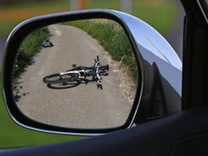 В Советском районе водитель иномарки сбил сразу трех велосипедистов