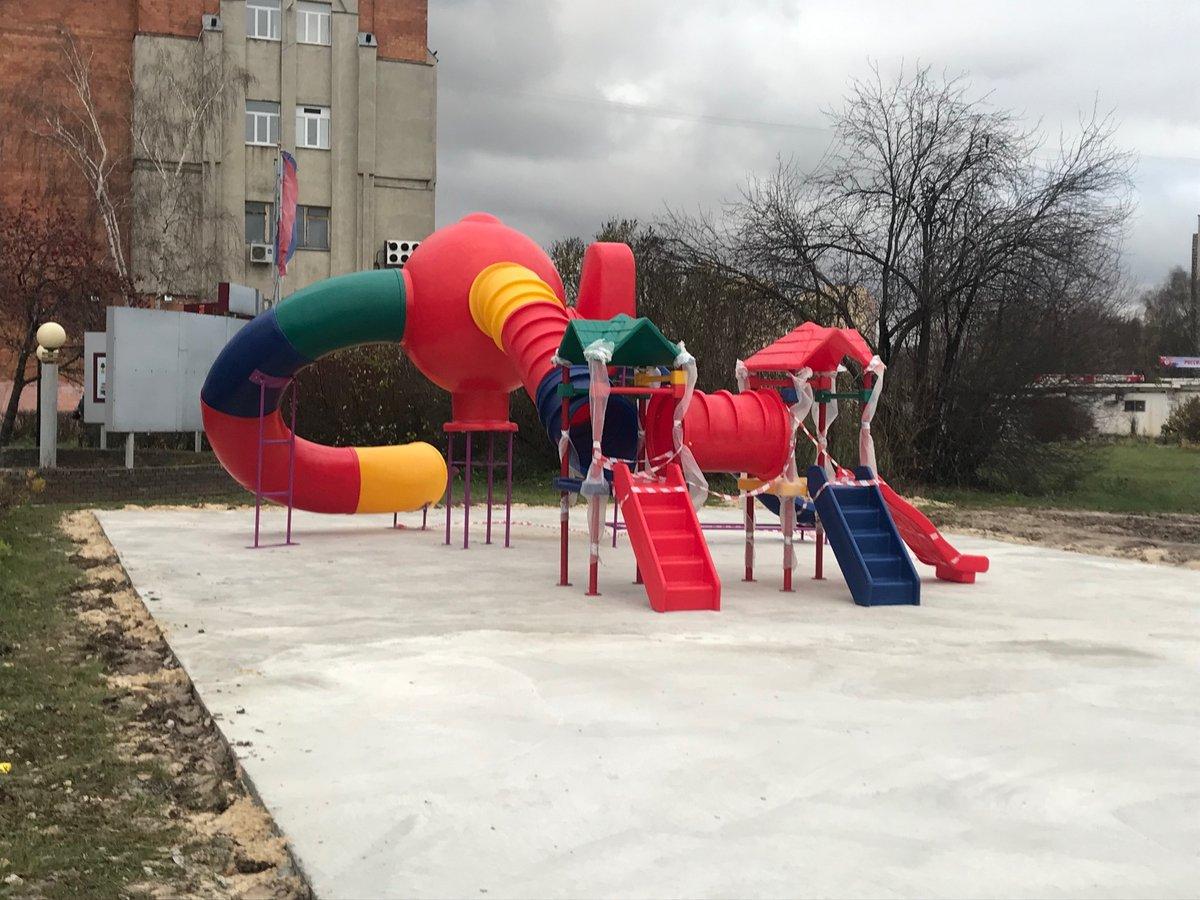 На площади Советской появилась детская «Галактика» - фото 1
