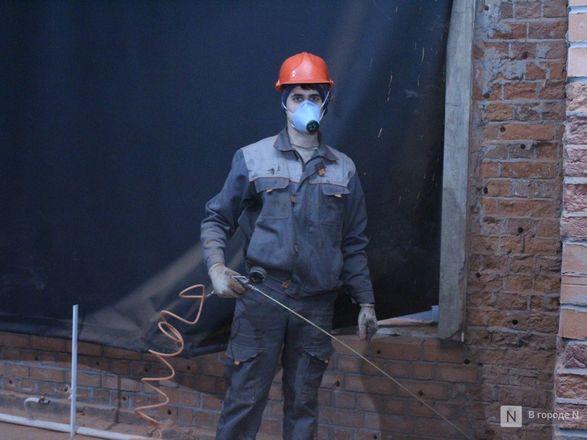 Инъекция для стен: как идет реставрация фасада нижегородской фабрики «Маяк» - фото 38