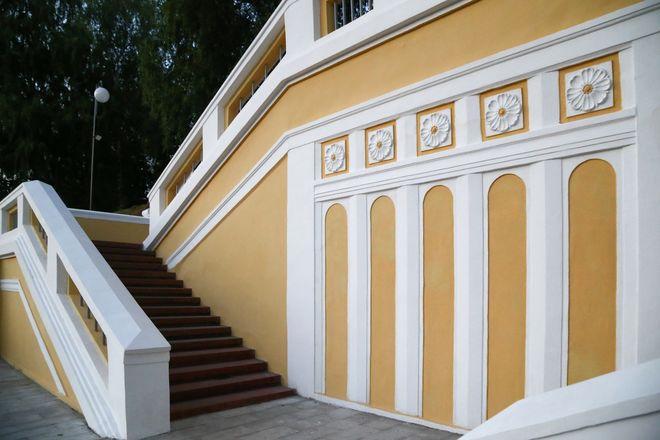 Театральную лестницу в Нижегородском районе оснастили художественной подсветкой - фото 2