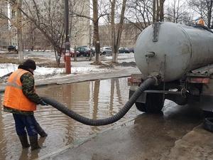 207 кубометров воды откачали с улиц Сормовского и Ленинского районов