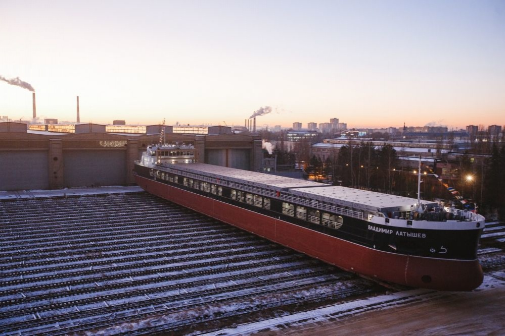 Сухогруз «Владимир Латышев» сошел на воду на заводе «Красное Сормово» - фото 1