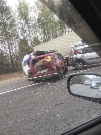 Соцсети: страшная авария произошла на трассе в Кстовском районе - фото 2