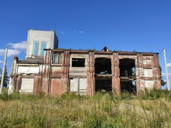 Фильтровальную станцию на Стрелке отреставрируют к августу - фото 3