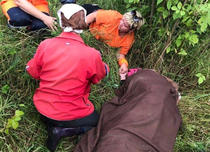Искавшие Машу Ложкареву волонтеры спасли пожилую женщину - фото 1