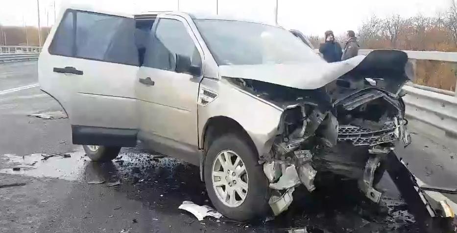 Мужчина погиб в столкновении двух иномарок на окраине Автозавода - фото 1