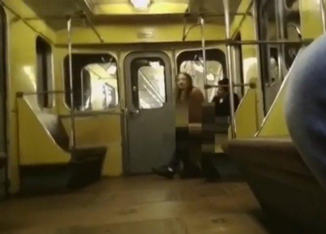 Секс в метро из к ф