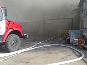 70 человек эвакуировали во время пожара в Ленинском районе