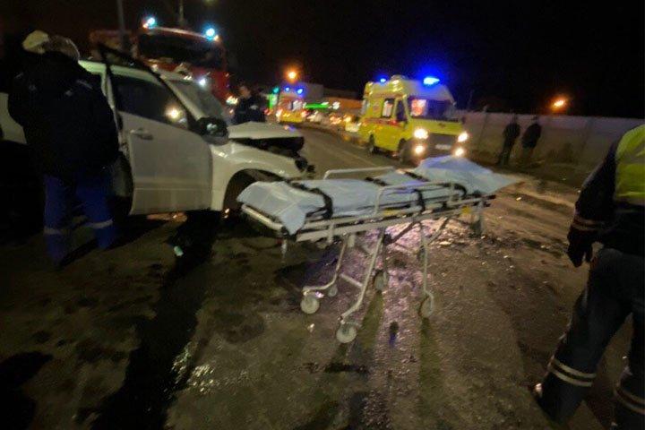 После опасного выезда на«встречку» двоих водителей вНижнем Новгороде госпитализировали втяжелом состоянии