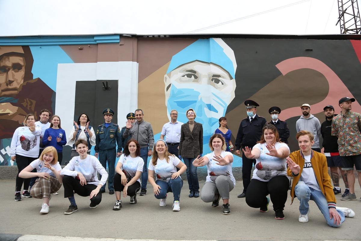 Стрит-арт о борьбе с пандемией появился в Нижнем Новгороде - фото 1