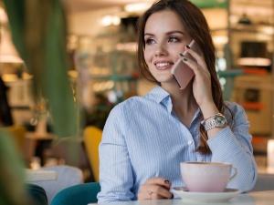 Как быстро закончить неудобный телефонный разговор