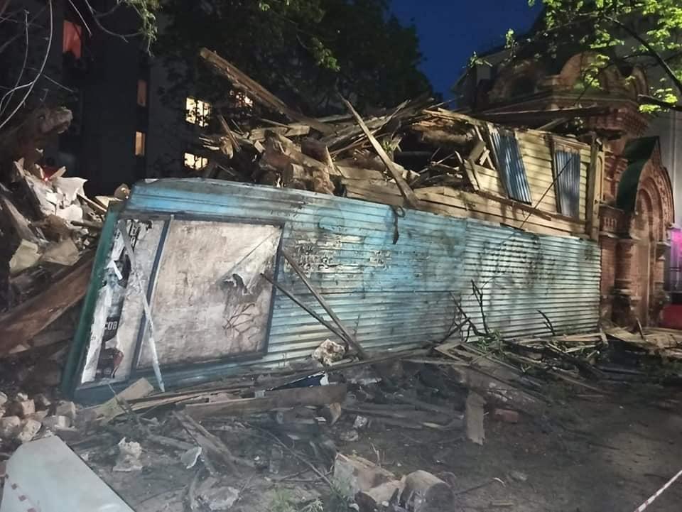 Историческое здание снесли на улице Варварской в Нижнем Новгороде - фото 1